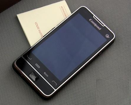 Coolpad-N930-1GHz-Android-Smartphone-front